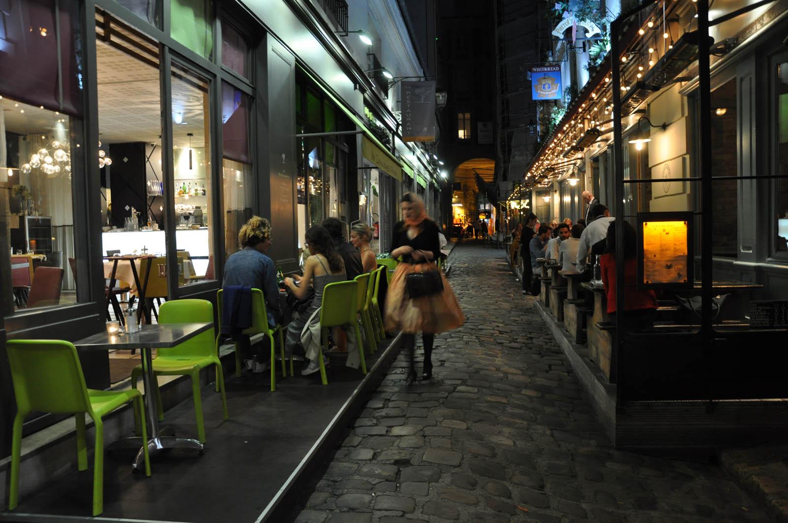 Terrasse de la boutique de nuit