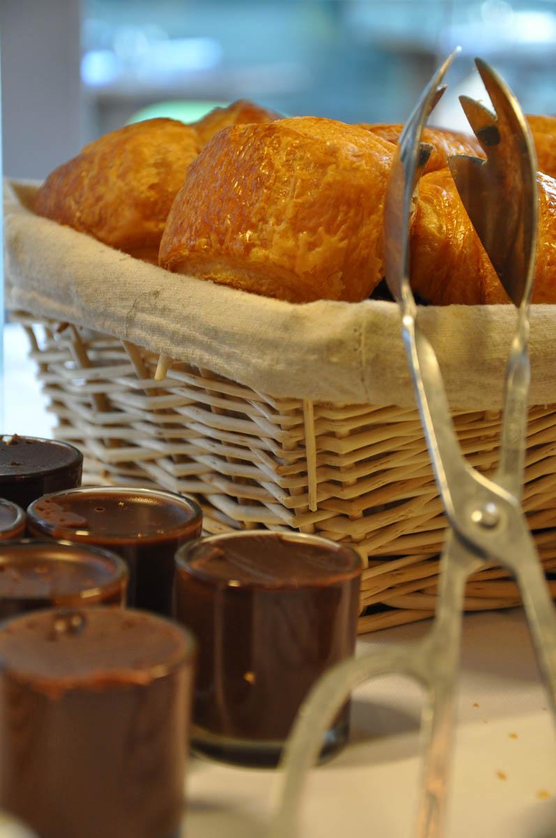 Viennoiseries et pâte à tartiner